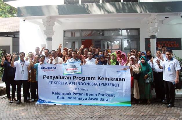 Penyerahan Bantuan CSR PT. KAI Daop 3 Cirebon Kepada Kelompok Tani