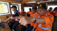 EVP dan DEVP Daop 6 Yogyakarta melakukan inspeksi lintas dengan menggunakan Lori