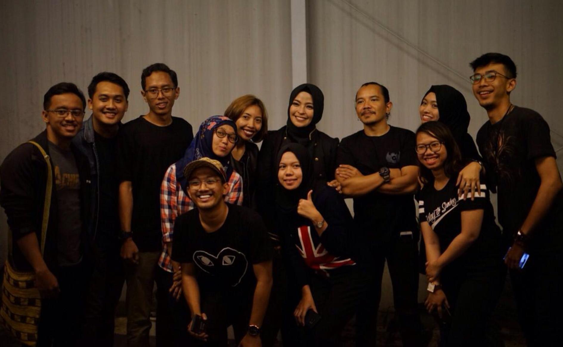 Foto Bareng Kotak Band di Mezzanine Jogja