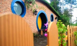 Lokasi Wisata terdekat Rumah Hobbit Jogja Cangkringan
