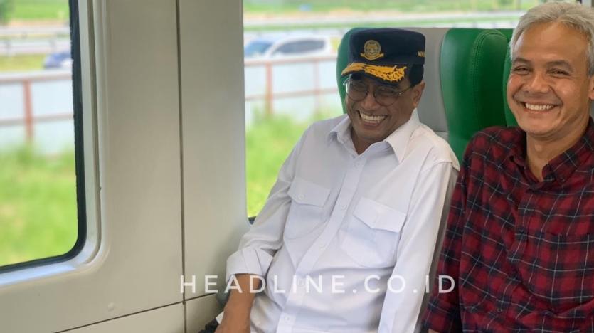 Budi Karya dan Ganjar Pranowo asik menikmati perjalanan menuju bandara menggunakan KA BIAS