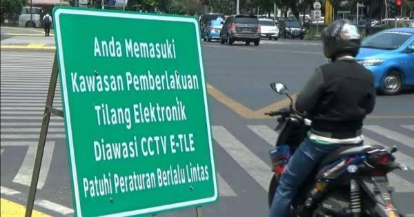 Tilang Elektronik khusus motor akan berlaku awal Februari 2020, ada 57 kamera yang dipasang disejumlah ruas jalan.