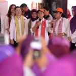 Ibu Negara Iriana Jokowi saat sosialisasi lingkungan sehat dan sanitasi