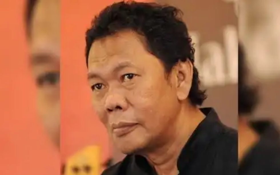 Industri musik Tanah Air kembali berduka. Indonesia kehilangan satu musisi terbaik era 70-an yaituOding Nasution.
