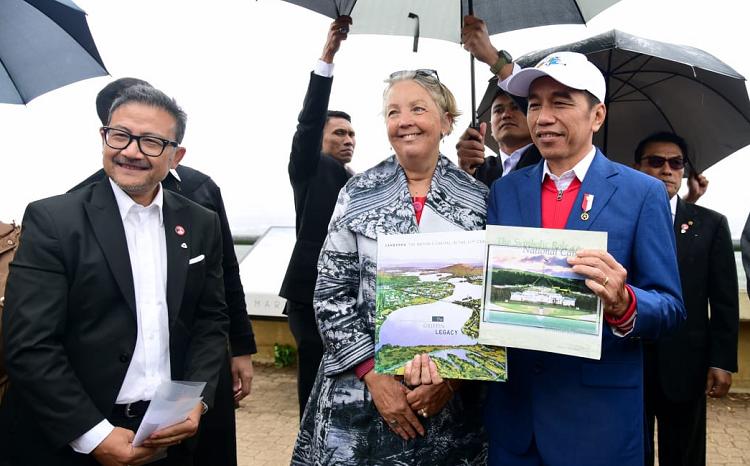 Kunjungan ke Mount Ainslie ini dilakukan Presiden di sela-sela agenda kunjungan kenegaraan ke Australia