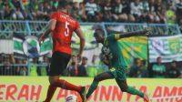 Laga Pamungkas antara Persebaya Vs Persija di Stadion Gelora Delta Sidoarjo Final memperebutkan Piala Gubernur Jatim.