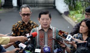 Menteri Perencanaan Pembangunan Nasional/Kepala Bappenas Suharso Monoarfa saat memberikan keterangan kepada pers usai pertemuan