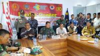 Panglima Komando Gabungan Wilayah Pertahanan I Laksamana Madya TNI Yudo Margono memimpin konferensi pers mengenai kondisi WNI diobservasi di Natuna