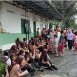 Para siswa SMPN 1 Turi yang menjadi korban banjir mendadak di Sleman, Yogyakarta.