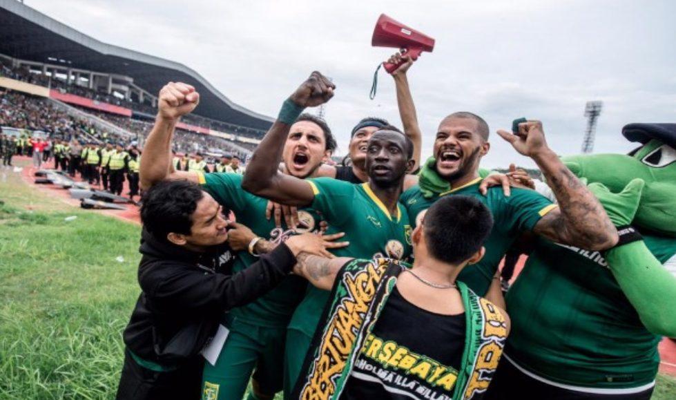 Persebaya keluar sebagai pemenang dalam ajang bergengsi perebutan Piala Gubernur Jatim 2020, Persebaya berhasil menumbangkan Persija Jakarta dengan skor telak 4-1.