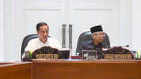 Presiden Jokowi Beserta Wakil Presiden Maruf Amin Saat Rapat Terbatas Antisipasi Dampak Virus Korona
