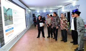 Presiden Jokowi Tinjau Posko Penanganan Kebakaran Hutan dan Lahan