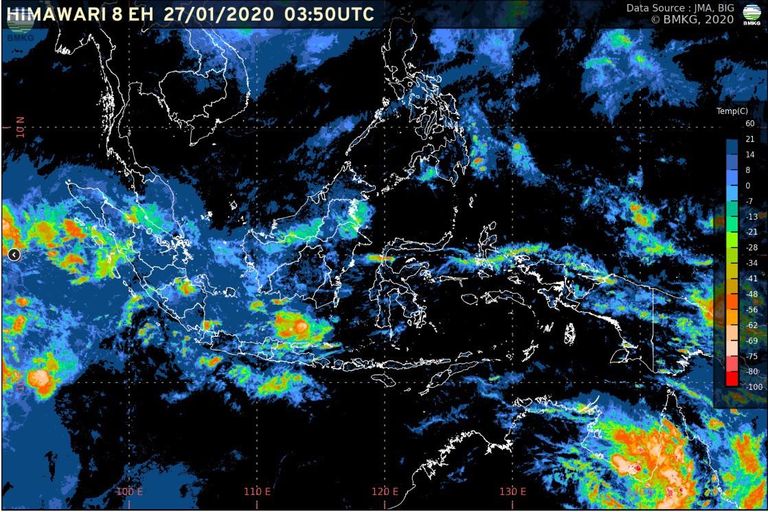 BMKG mengeluarkan peringatan dini disejumlah wilayah di Indonesia mulai dari Hujan Angin disertai Petir sampai Gelombang Tinggi.