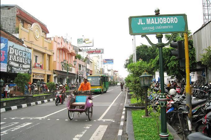 Kawasan Malioboro ditutup dari kendaraan bermotor mulai pukul 09.00-21.00 WIB pada Jumat (07/02).