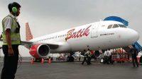 Pesawat Batik Air yang membawa Ratusan WNI dari Wuhan tiba di Bandara Hang Nadim Batam, selanjutnya akan diterbangkan kembali menuju Natuna, Kepulauan Riau Minggu (02/02/2019).