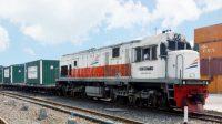 Angkutan KA Barang KAI sedang diminati perusahaan. (Foto: Trukmagz)