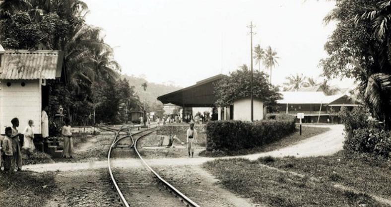 Emplasemen Stasiun Pulau Aie tahun 1915