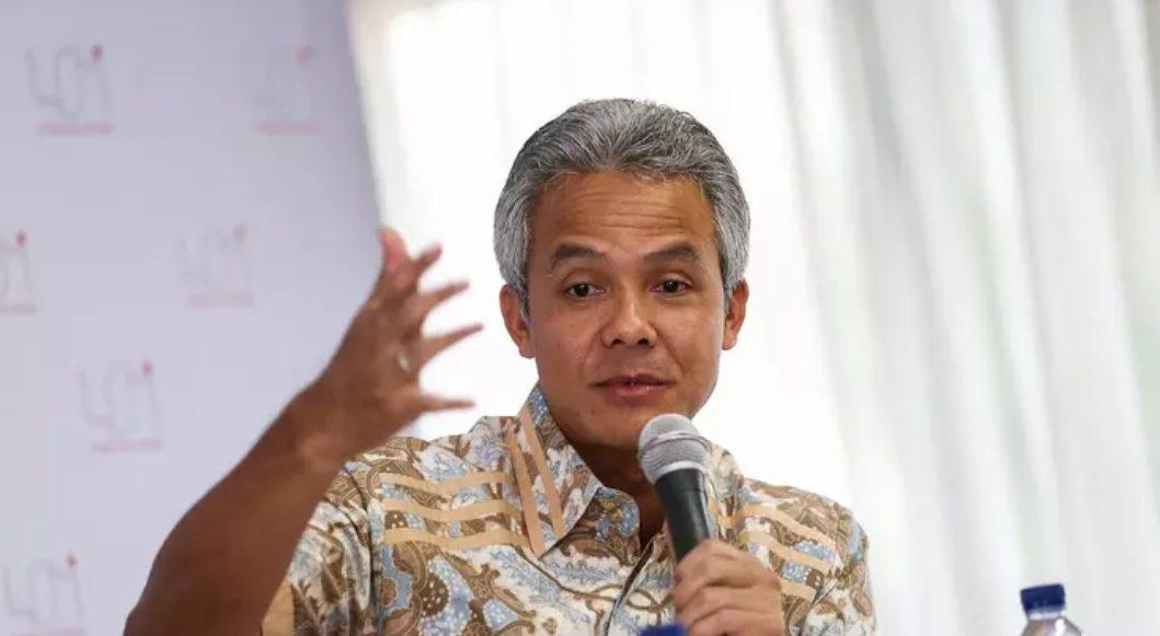 Gubernur Jawa Tengah Ganjar Pranowo tetapkan wilayahnya menjadi Tanggap Darurat Bencana Covid 19. (Foto: Humas Jateng)