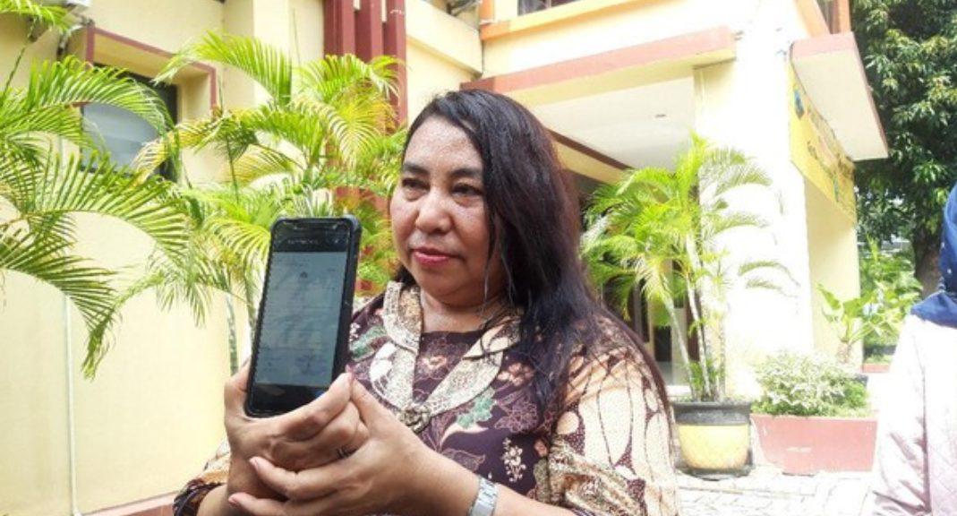 Jeannie menyebut pendeta pelaku pencabulan tersebut bukanlah pendeta biasa dia juga salah satu pimpinan di Gereja Embong Sawo Surabaya.