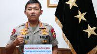 Kapolri Idham Azis Himbau untuk mematuhi kebijakan pemerintah untuk mencegah penularan virus Corona.