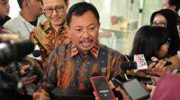 Menteri Kesehatan dr Terawan Agus Putrantomenjelaskan dua WNI yang positif virus corona di Indonesia.