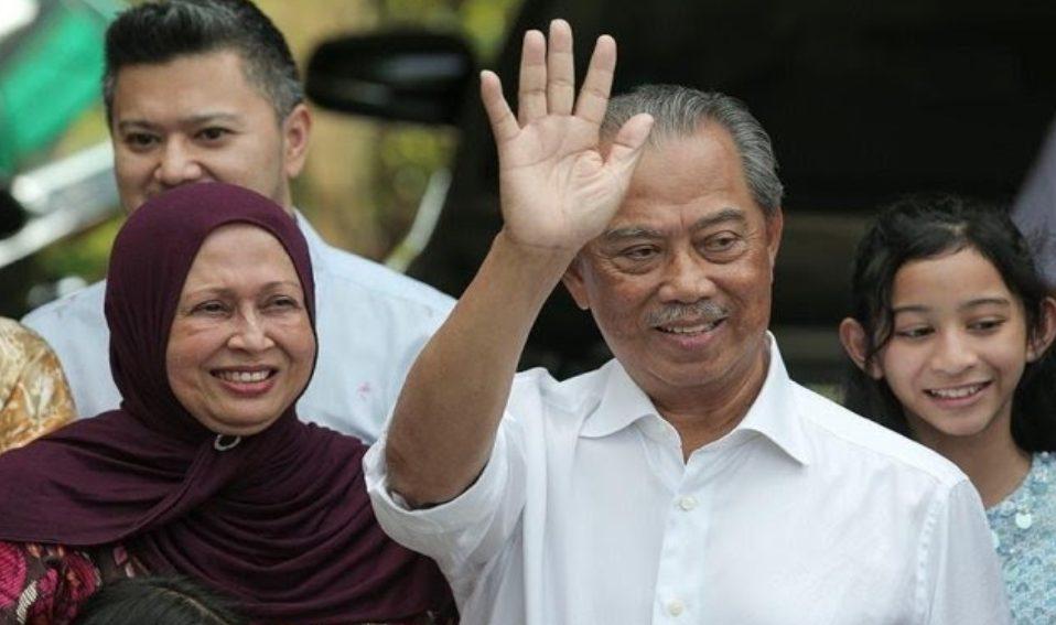 Muhyiddin Yassin PM Malaysia yang Baru meminta warga Malaysia menerima Keputusan Raja Abdullah.