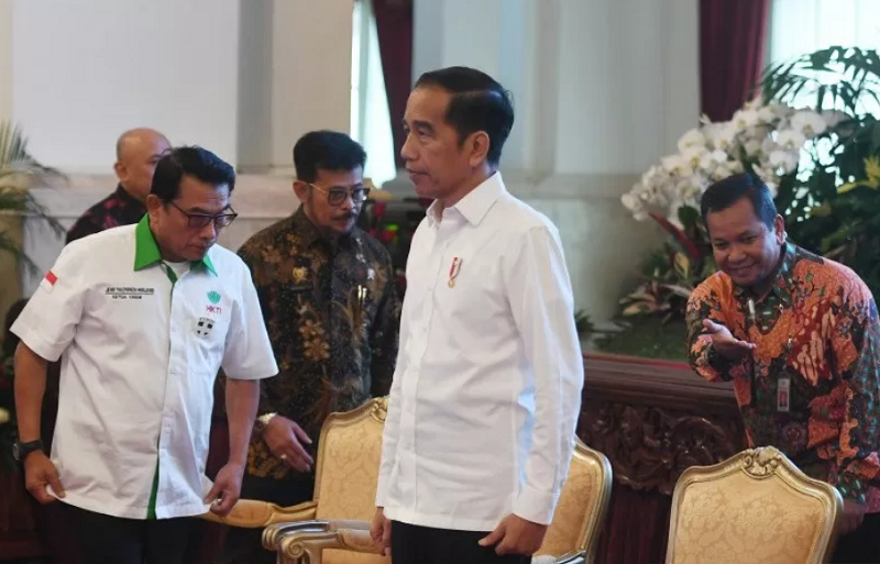 Presiden Joko Widodo bersiap membuka Asian Agriculture and Food Forum tahun 2020 di Istana Negara
