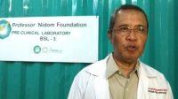 Profesor Choirul Anwar Nidom, saat ditemui di laboratorium miliknya. (Foto: Amal Taufik)