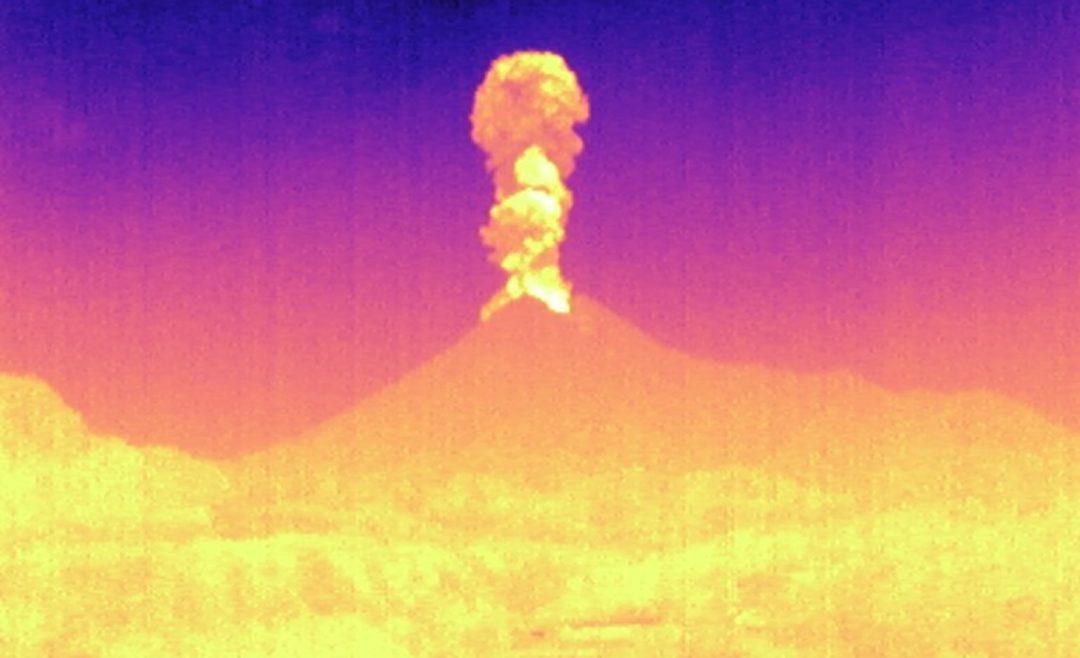 Rekaman Thermalcap ini diambil oleh pihak Balai Penyelidikan dan Pengembangan Teknologi Kebencanaan Geologi. (Foto: @BPPTKG)