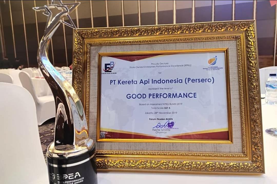 Reward Kementerian BUMN kepada PT KAI atas capaiannya.