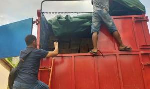 Satu unit truk yang diamankan Tim Balai Gakkum KLHK karena membawa kayu hasil perambahan hutan di wilayah Provinsi Sumatera Selatan dan Provinsi Jambi