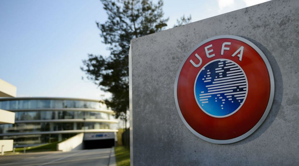 UEFA Tunda pelaksanaan Liga Champion dan Liga Eropa.