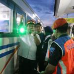 Wakil Bupati Blora H Arief Rohman Memberangkatkan Kereta Api Blora Jaya dari Stasiun Wagu