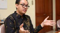 Bhima Yudhistira Ekonom INDEF tantang Belva Stafsus Jokowi. (Foto: Gatra)