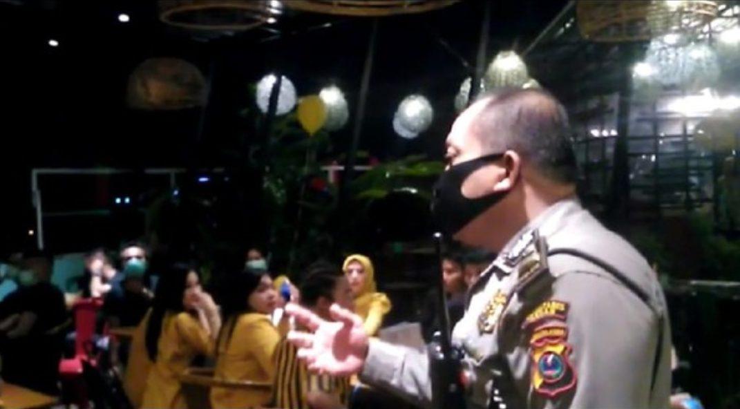 Birthday party selebgram Medan dibubarkan polisi. (dok. Istimewa)