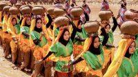 Dalam Festival Taliwang Eko Supriyanto mempersembahkan empat tarian: tari barapan kebo, kolong, benteng berinas, dan kareng. (Dok. Kemenparekraf)