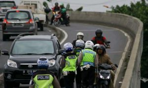 Ilustrasi Operasi Kepolisian disalah satu flyover di Jakarta. (Foto: Medcom.id)