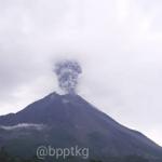 Merapi kembali mengeluarkan erupsinya. (Foto: BPPTKG)