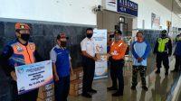 PT KAI Daop 5 Purwokerto memberikan 700 bantuan Sembako di lingkungan Stasiun Kebumen.
