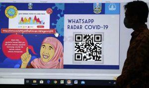 Pemprov Jatim luncurkan Whatsapp Radar Covid 19 untuk mencegah dan menangani virus Corona. (Foto: Sindonews)