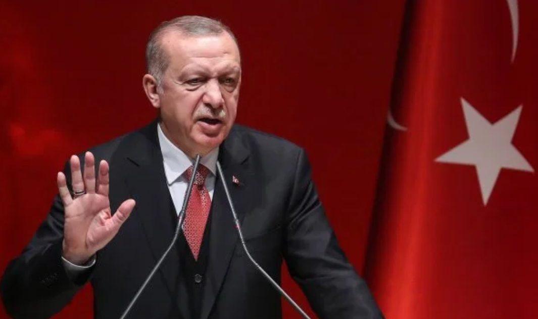 Presiden Turki Tayyip Erdogan memberikan keterangan pers. (Foto: AFP Getty Images)