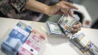 Rupiah hari ini dibuka melemah terhadap Dolar AS. (Foto: Antara)