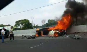 Tangkapan Layar Video kecelakaan. (TMC Polda Metro Jaya)