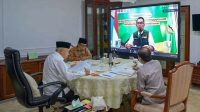 Wakil Presiden Ma'ruf Amin memimpin Rapat Terbatas bersama Gubernur Jawa Barat Ridwan Kamil. (Foto: Setpres)