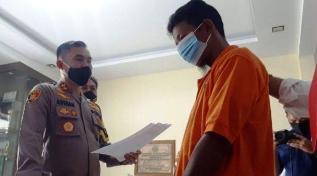 Dinilai Hina Nabi, Marbut di Karimun Diamankan Polisi. (Foto: Istimewa)