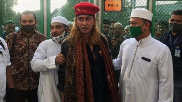 Habib Bahar saat dibebaskan pada Sabtu lalu. (Foto: Pool)