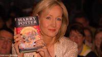 JK Rowling penulis buku Harry Potter.