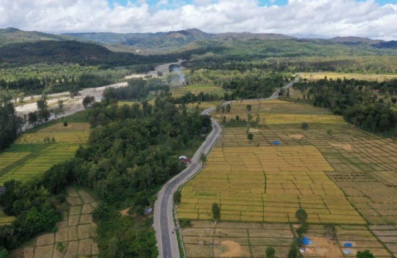 Jalur Sabuk Merah Sektor Timur di Nusa Tenggara Timur. Ini merupakan jalan perbatasan antara Indonesia dengan Timor Leste.(Dok. Kementerian PUPR)