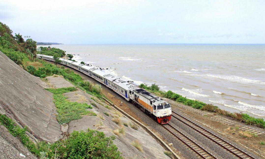 PT KAI Operasikan Kereta Luar Biasa. (Foto: Rio Prabowo)