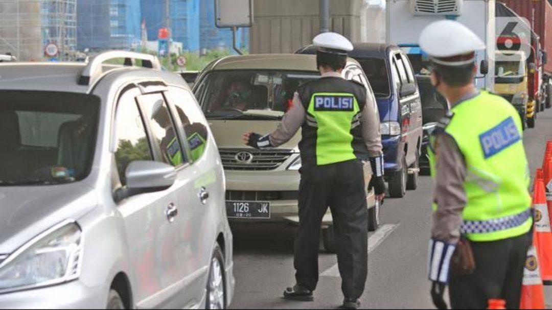 Penjagaan ketat disejumlah titik ruas jalan menjelang perayaan Hari Raya Idul Fitri. (Foto: Liputan6com)